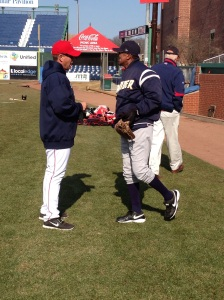 Kevin Boles and Tony Franklin - the two managers talk pre-game.